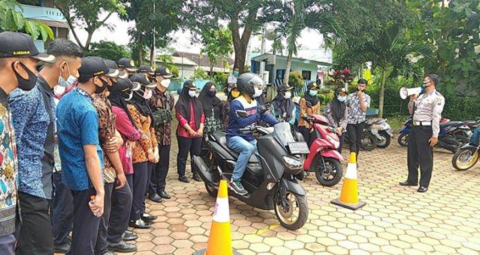 Yamaha Jatim Berikan Edukasi Keselamatan Berkendara Kepada Pelajar SMK