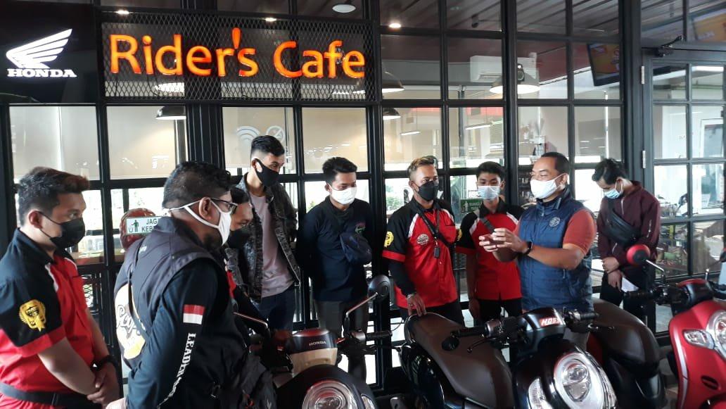 MPM Riders Cafe, Tempat Nongkrongnya Komunitas Honda di Surabaya