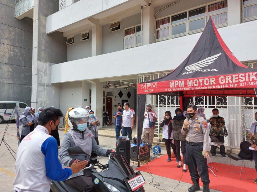 MPM Honda Jatim Kampanyekan Safety Riding di Universitas Muhammadiyah Gresik