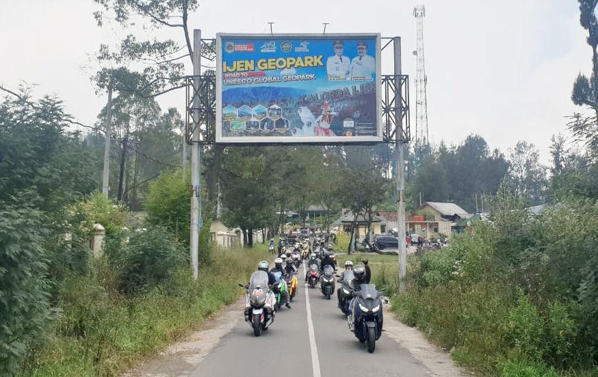 KOPDARGAB 7 Komunitas XMAX Jatim Semarakkan MAXI Journey