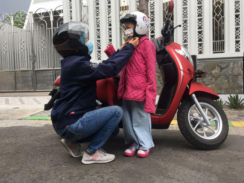 Tips Cari_Aman Berkendara Motor Bersama Anak Ala Honda