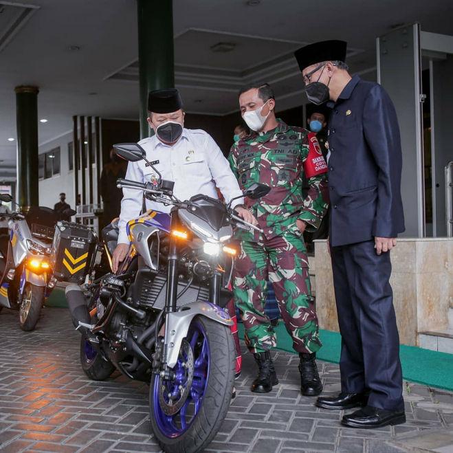 Satlantas Polres Jember Pilih Yamaha NMAX dan MT25 Jadi Kendaraan Operasional