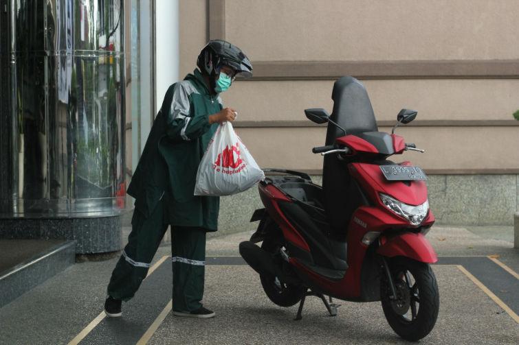 Tips Merawat Motor Di Musim Hujan Ala Yamaha