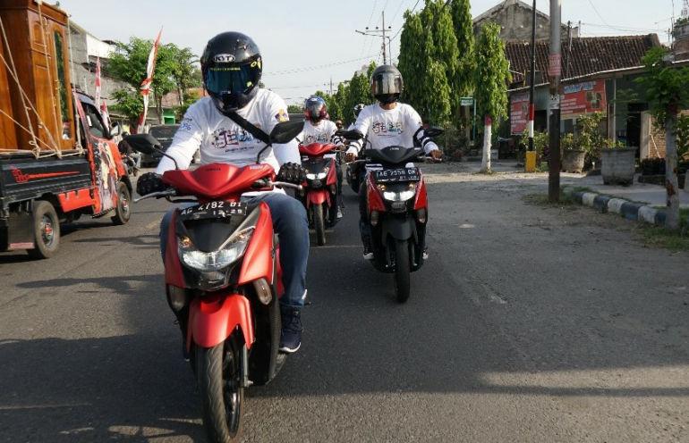 DDS Madiun Kediri Menggelar City Touring Kota Madiun Menggunakan Yamaha Gear 125